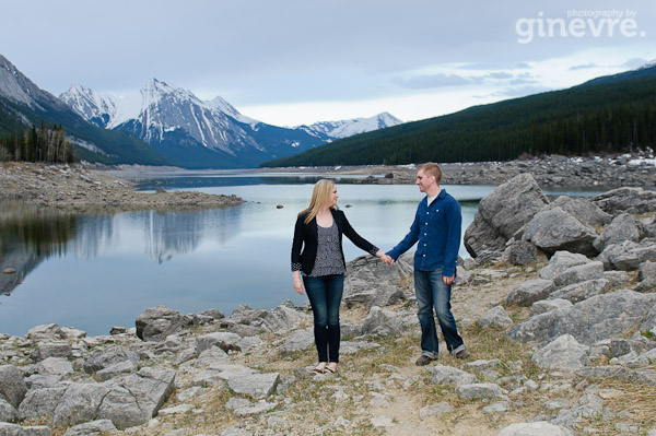 jasper medicine lake engagement session