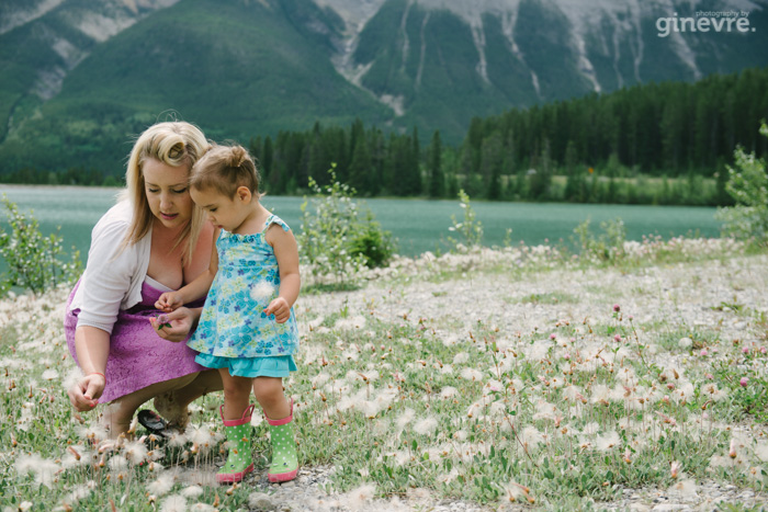 Canmore family portraits mother daughter