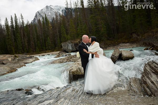 Wedding photos at Emerald Lake