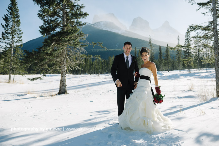 Photography By Ginevre Stewart Creek Canmore Wedding