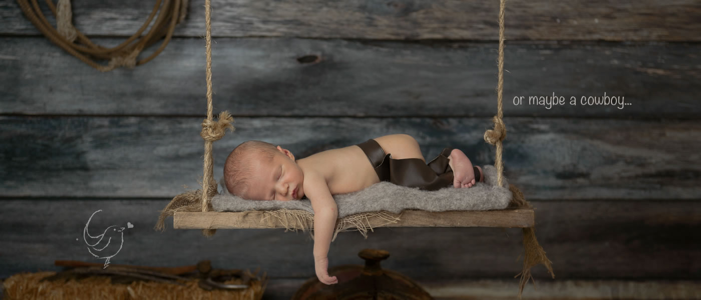 cochrane calgary canmore newborn photographer