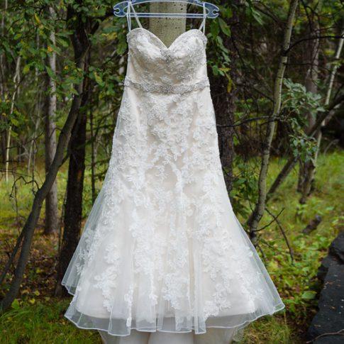 wedding dress kananaskis wedding