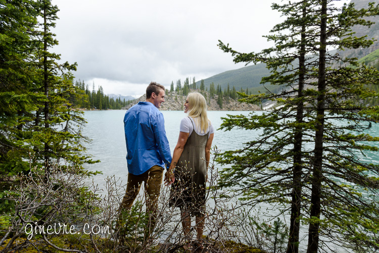 lake_louise_proposal_moraine_lake-12