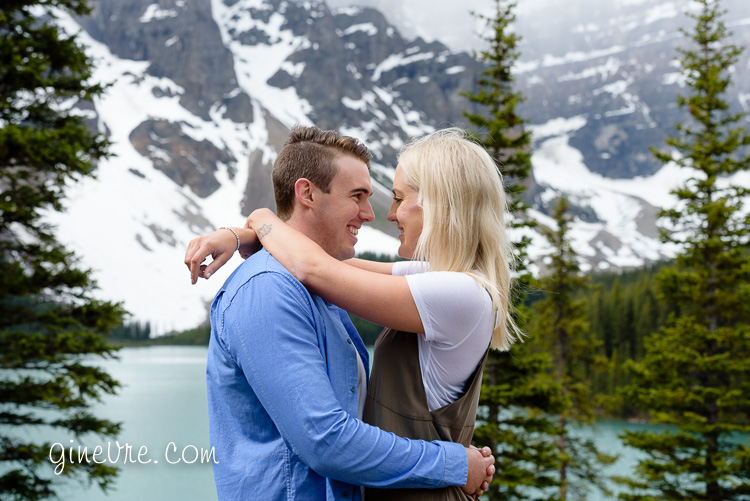 lake_louise_proposal_moraine_lake-21