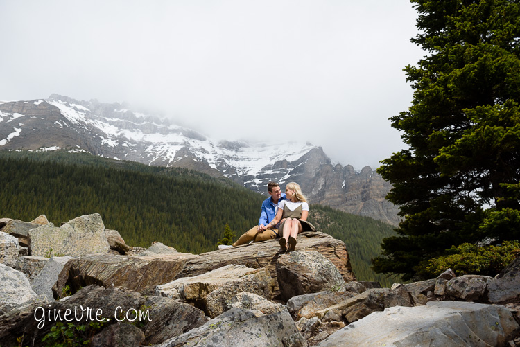 lake_louise_proposal_moraine_lake-22