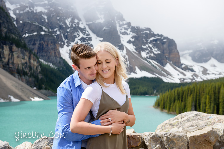 lake_louise_proposal_moraine_lake-26