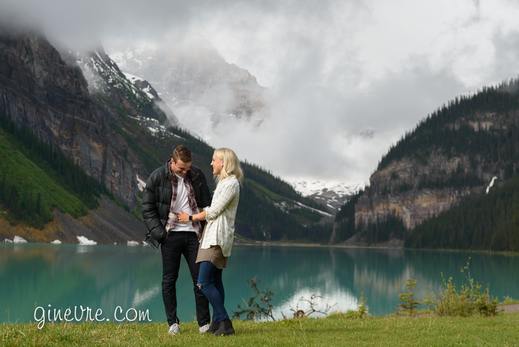 lake_louise_proposal_moraine_lake-7