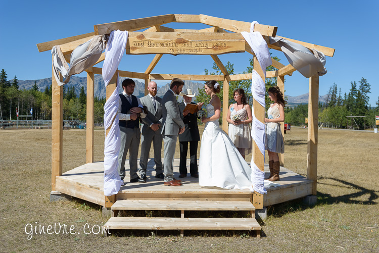 rustic_alberta_wedding_bn-33