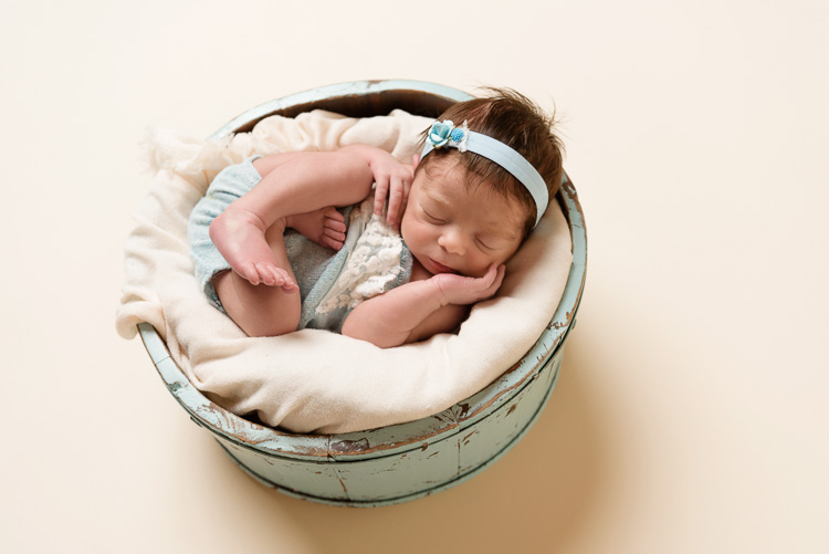 canmore_newborn_photography_isabella-17