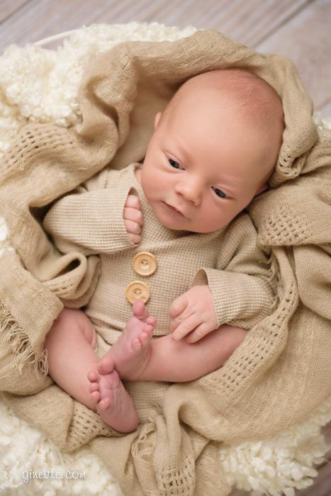 cochrane_newborn_photography-11
